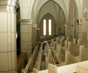 Baznīcas kori