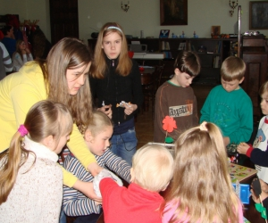 2007. gada Ģimenes diena. Kopā ar skolotāju Ilzi Hendriksoni